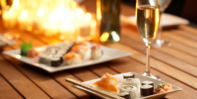 (SOLD OUT!) Wine & Sushi!
